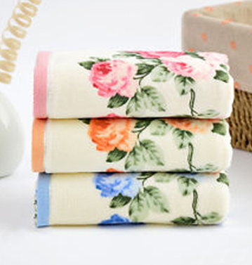 Rose printed sublimated off-white towel set